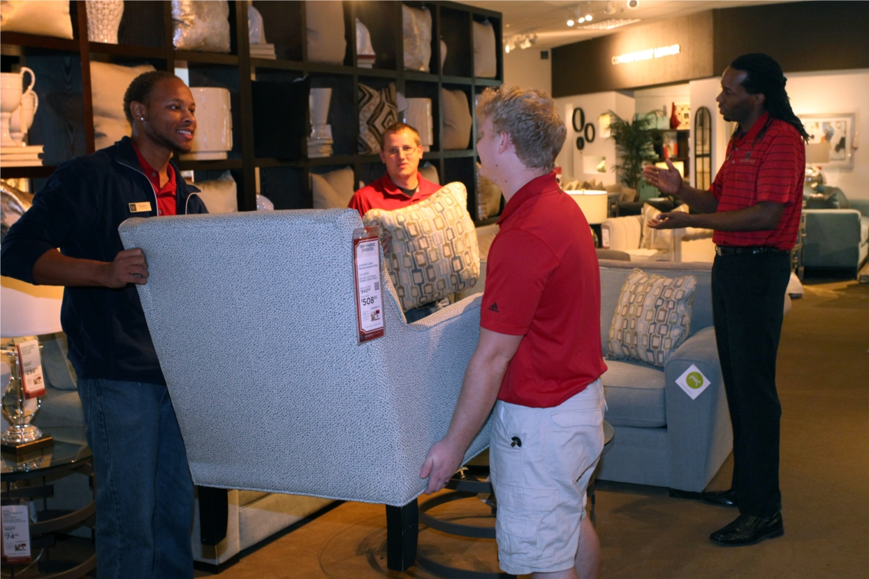Mathis Brothers employees work as a team to provide our customers the best possible shopping experience.