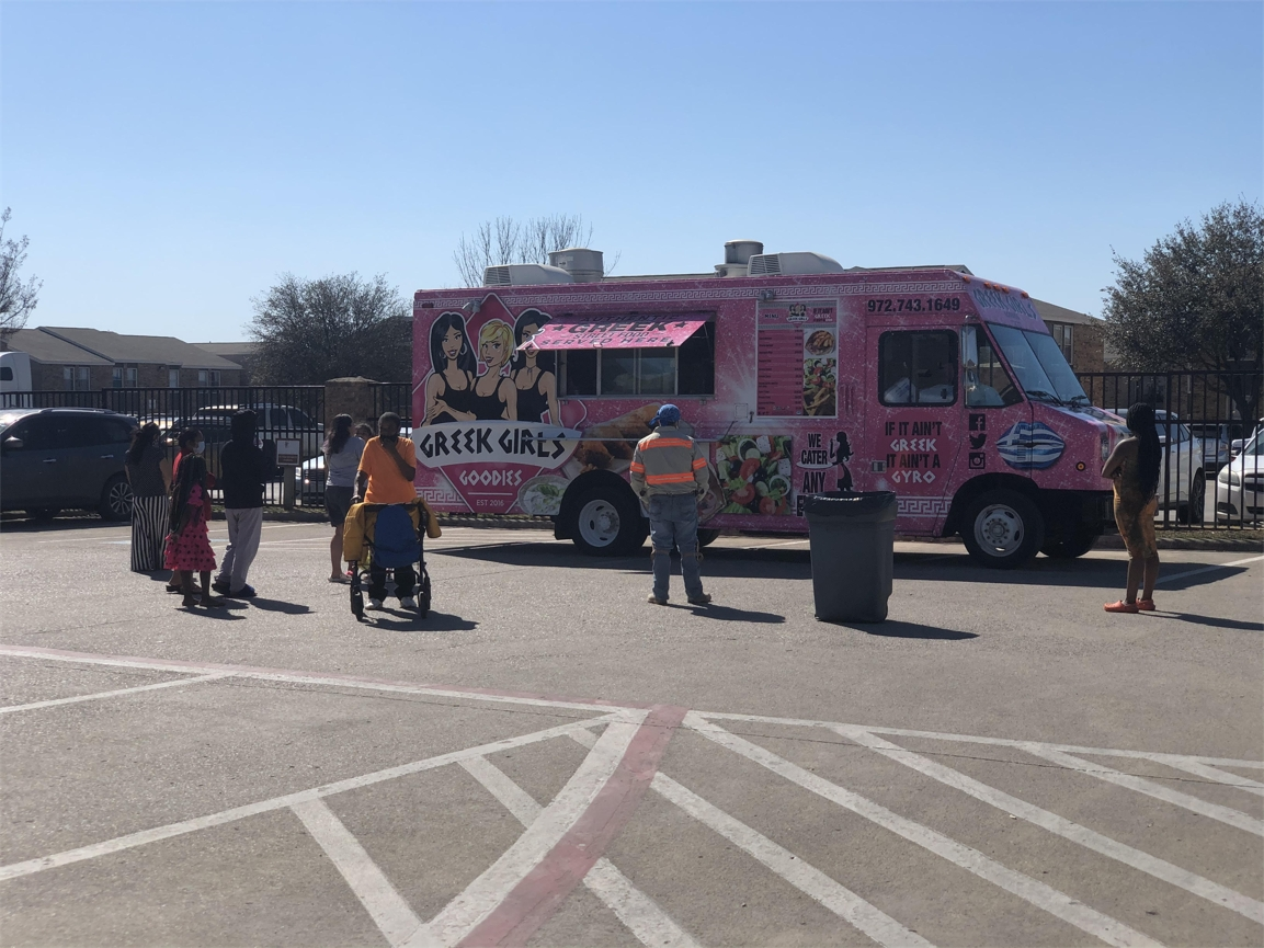After our Texas apartment residents suffered through an unprecedented winter storm in March 2021, FCP sponsored food trucks at six of its Texas communities.