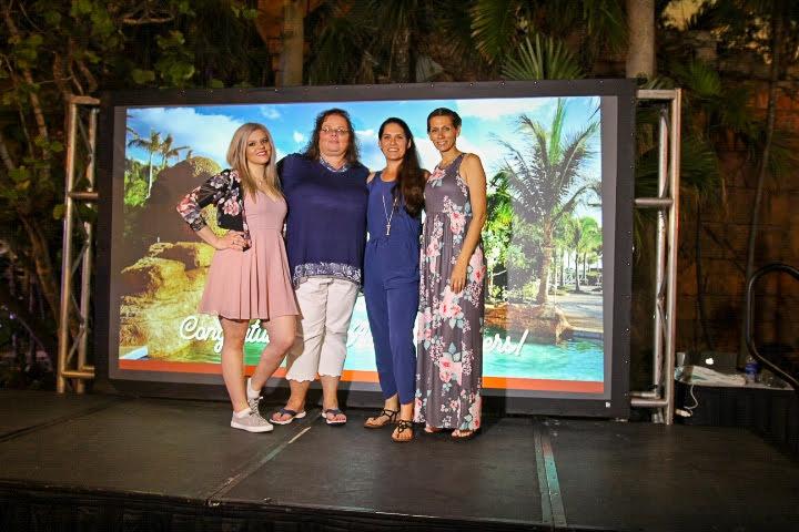Sun's Elite Sales contest champions celebrating in Paradise Island, Bahamas.