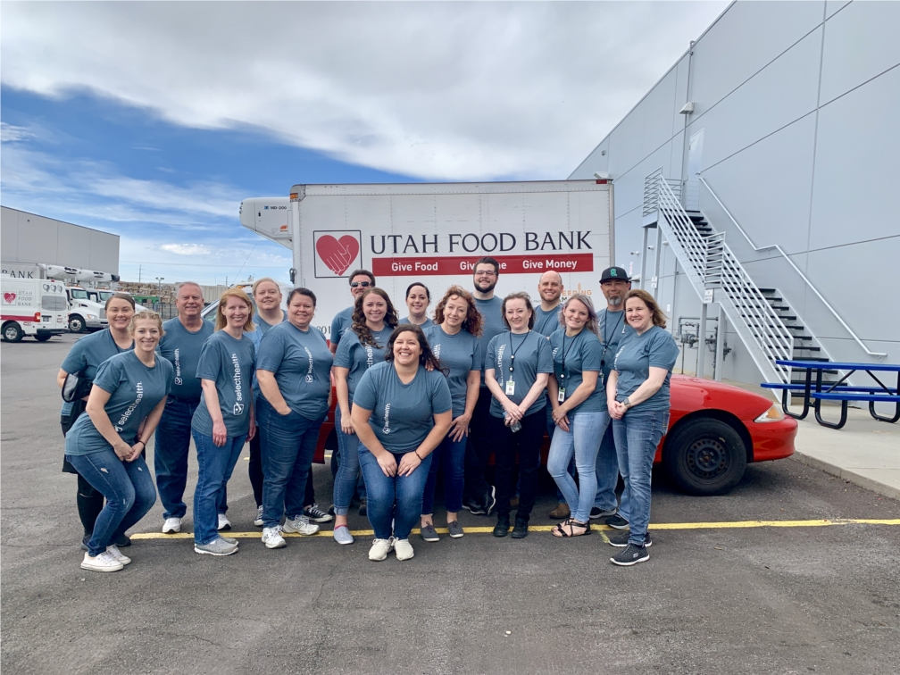 SelectHealth encourages employees to be active in the community by offering four hours of paid community service for each quarter.