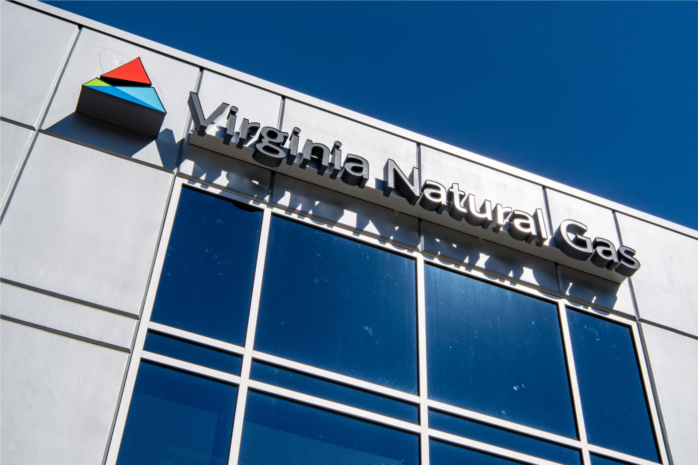 Since 1850, Virginia Natural Gas has provided area citizens, businesses and military installations with clean, safe, reliable and affordable natural gas which keeps people warm, creates jobs and fuels our economy.