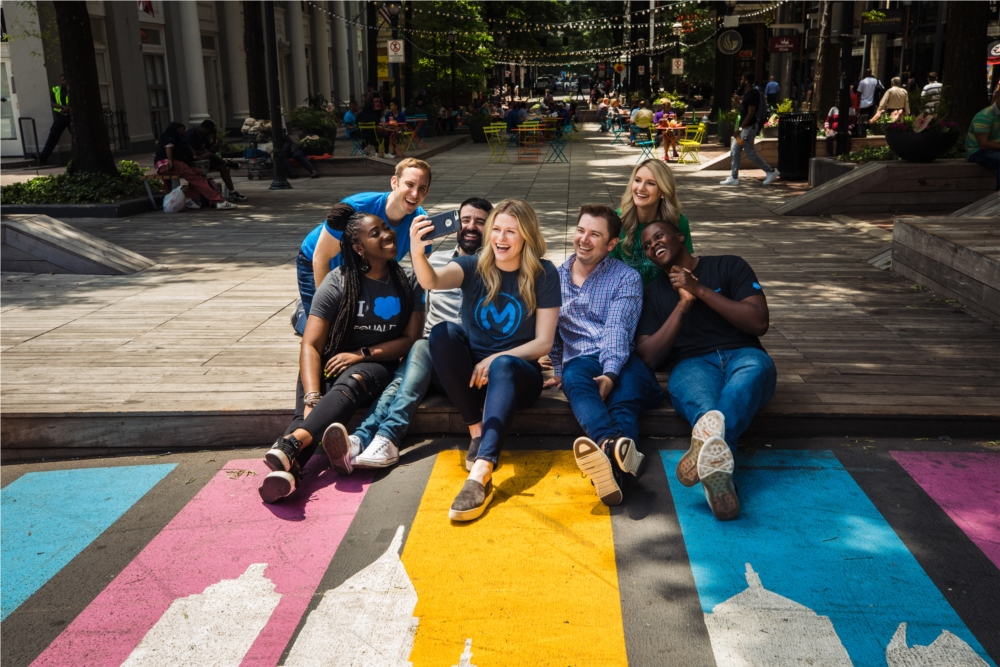 Salesforce employees having fun during lunch!