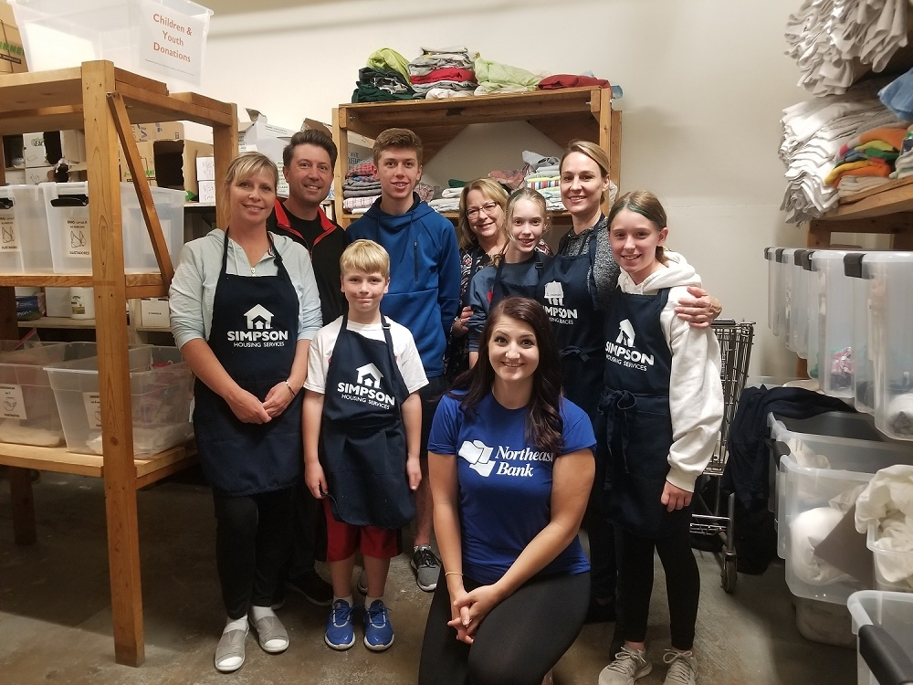 Northeast Bank volunteers and their families spent our Community Banking Month volunteer activity at Simpson Housing Services in Minneapolis.