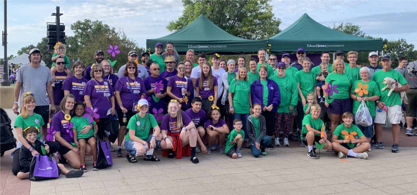 Edward Jones associates in Iowa at the Walk to End Alzheimer's. As a strategic partner and the first national presenting sponsor for the Alzheimer's Association annual Walk to End Alzheimer's®, Edward Jones raised more than $3.4 million in 2019.