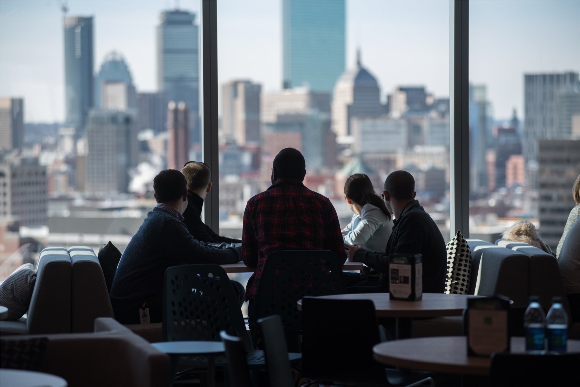 PTC's global headquarters, located at 121 Seaport Blvd. in the heart of Boston's Innovation District, offers panoramic views of the waterfront and the city. This is the backdrop to innovation and creativity.