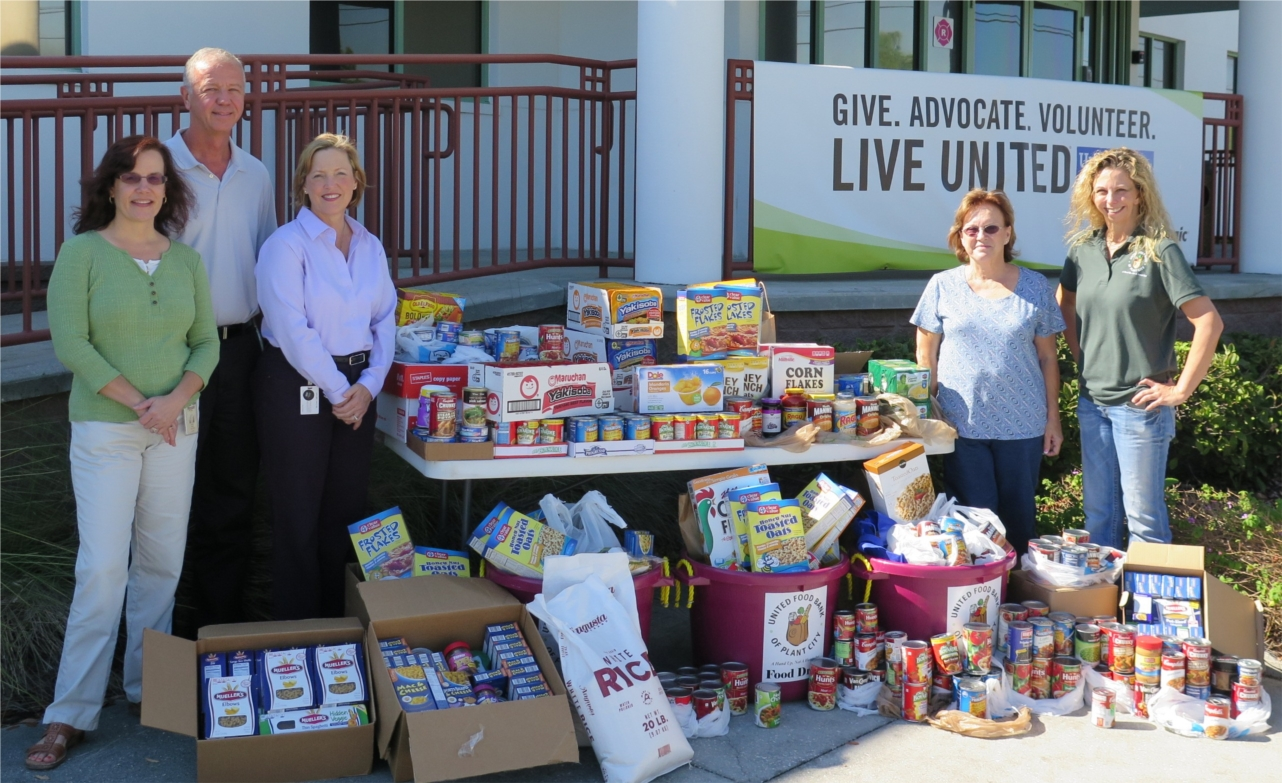 Food collection drive at Mosaic's Alafia Office